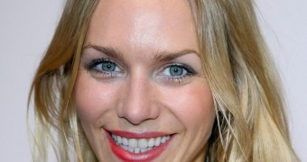 Cum on German Actress Julia Dietze