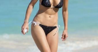 Elin Nordegren bikini candids