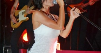 Jenifer sale putain !!!