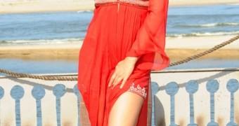 Shreya Saran hot brunette