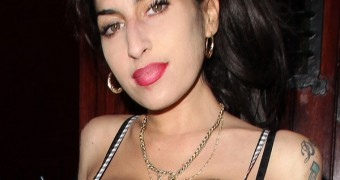 new Amy Winehouse Boobs