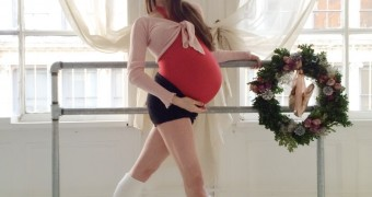 Pregnant NYC ballet dancer Mary Helen Bowers