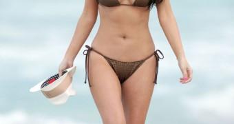 Kim Kardashian curvy n assed collection