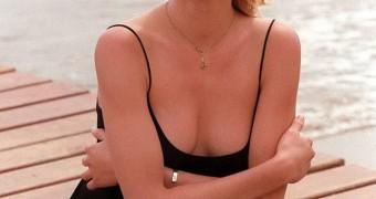 Camaron Diaz Topless