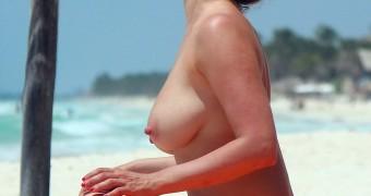 Kelly Brook Big Nipples