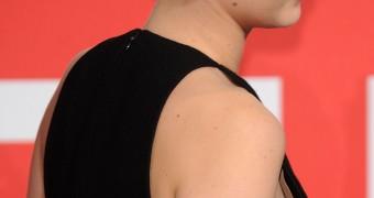 Jennifer Lawrence Side Boob