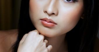 Jamie Ang Singapore FHM Model