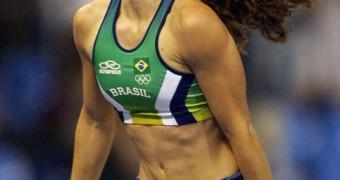 Fabiana Murer (brazilian sexy athlete / pole vault)