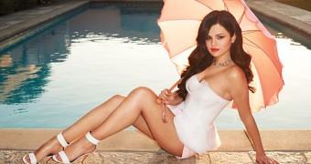 Selena Gomez sexy new photoshoot