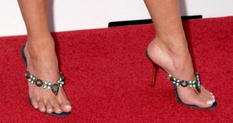 LH - High Heel Thongs