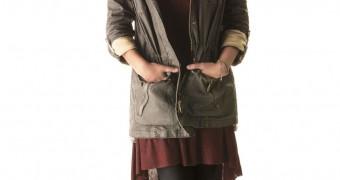 Jenna Louise Coleman in Pantyhose