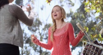 Dove Cameron - Better in Stereo Cute
