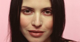 Adorable Irish celeb ANDREA CORR and her sisters random pics