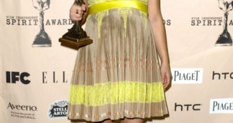 Natalie Portman (Pregnant)
