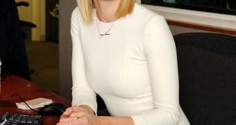 Yvonne Strahovski, Hot Aussie actress from Dexter