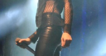 Irish Beauty Andrea Corr recent concert and candid pics
