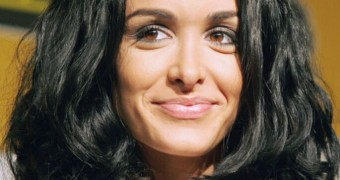 Jenifer Bartoli, Hot Corsica Girl