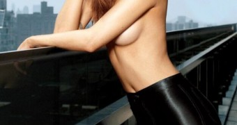 Cintia Dicker - pretty face freckled and redhead gir to facial