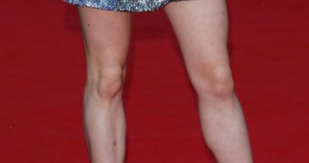 Maisie Williams: I be I could fit her foot in my mouth
