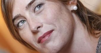 Maria Elena Boschi - prettyface and leggy italian to fuck