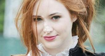 Karen Gillan facials