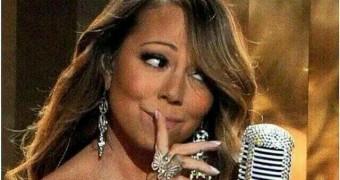 beautiful Mariah Carey face and cleavage