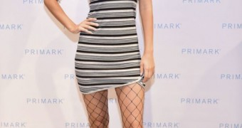 Victoria Justice Versus Taylor Swift-Which One?