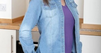 Sarah beeny big titted milf