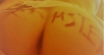 Wife posing for strangers... write on ass...