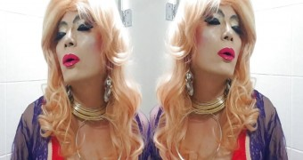 Sissy niclo sexy makeup