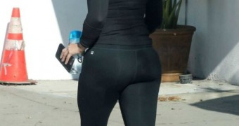 Demi Lovato in tights
