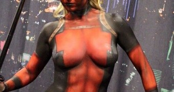Lady Deadpool Body Art Paint