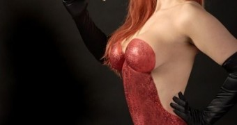 Jessica Rabbit Cosplay Body Art/Paint