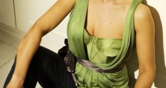 UK Actress Angela  Lonsdale