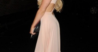 Melissa Reeves out and about