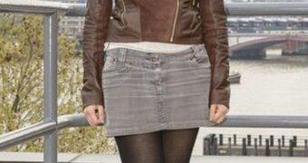 Lucy Versamy - UK Paki Weather Girl