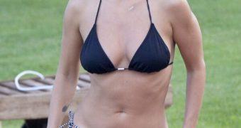 ,,,Natali Imbrugla Nipple Slip ...