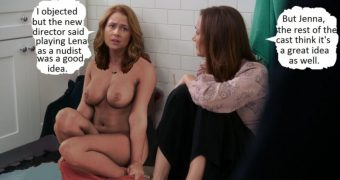Jenna Fischer splitting up with her clothes.
