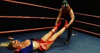 celeb sarah palin superheroine milf bondage peril distress fakes