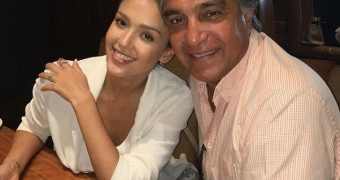 JESSICA ALBA LOVES SPENDING QUALITY TIME WITH HER DADDY