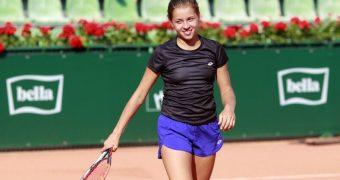 Maja Chwalinska - Talented Polish Tennis Player
