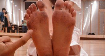 Contribution - New CELEBS and their FEET