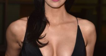 Sarah Silverman Cleavage