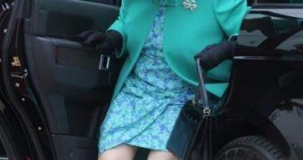 Royal Upskirt Candid