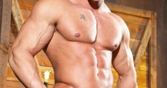 Chlo� Grace Moretz (Bodybuilder men)