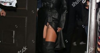 Lady Gaga wardrobe malfunction