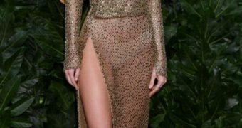 Kendall Jenner See Through Dress at London Fashion Show
