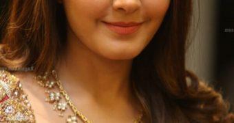 Raashi Khanna looks Beautiful at Srinivasa Kalyanam Success Meet