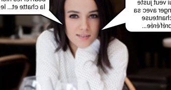 French caption (Fran�ais) Aliz�e est une cochonne de premi�re.