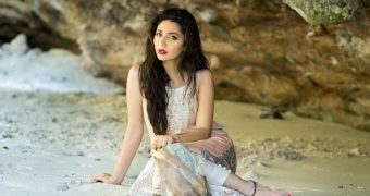 Mahira Khan Pakistani Muslim Whore